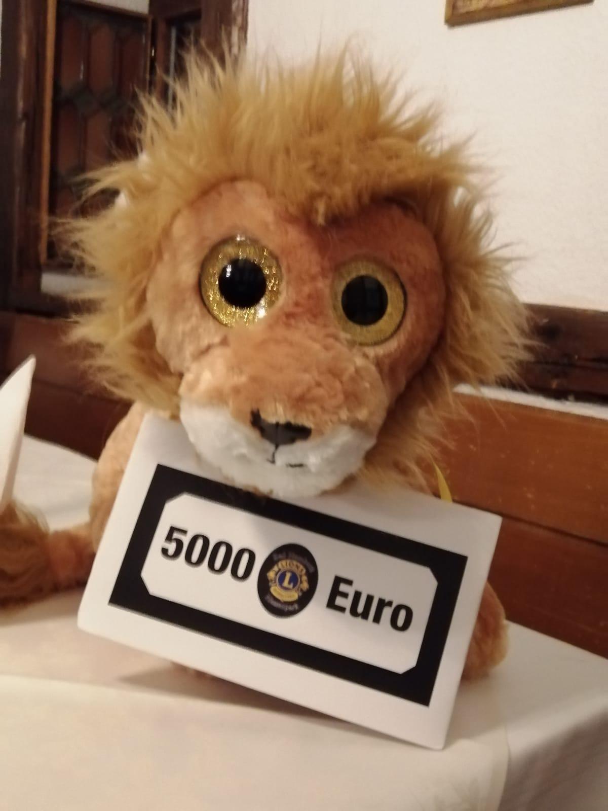 Lions Club Bad Homburg spenden 5000 Euro