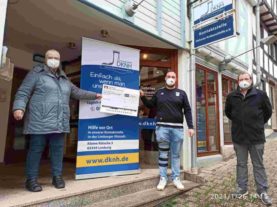 Spendenübergabe der FCA Niederbrechen